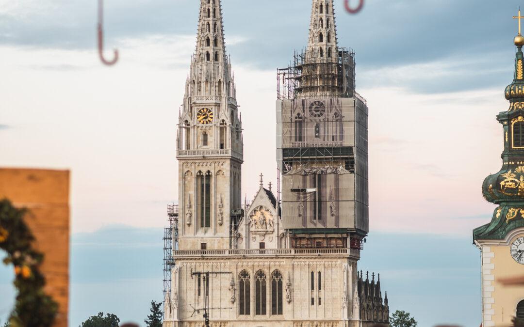 Baš Naš festival na krovu grada Zagreba